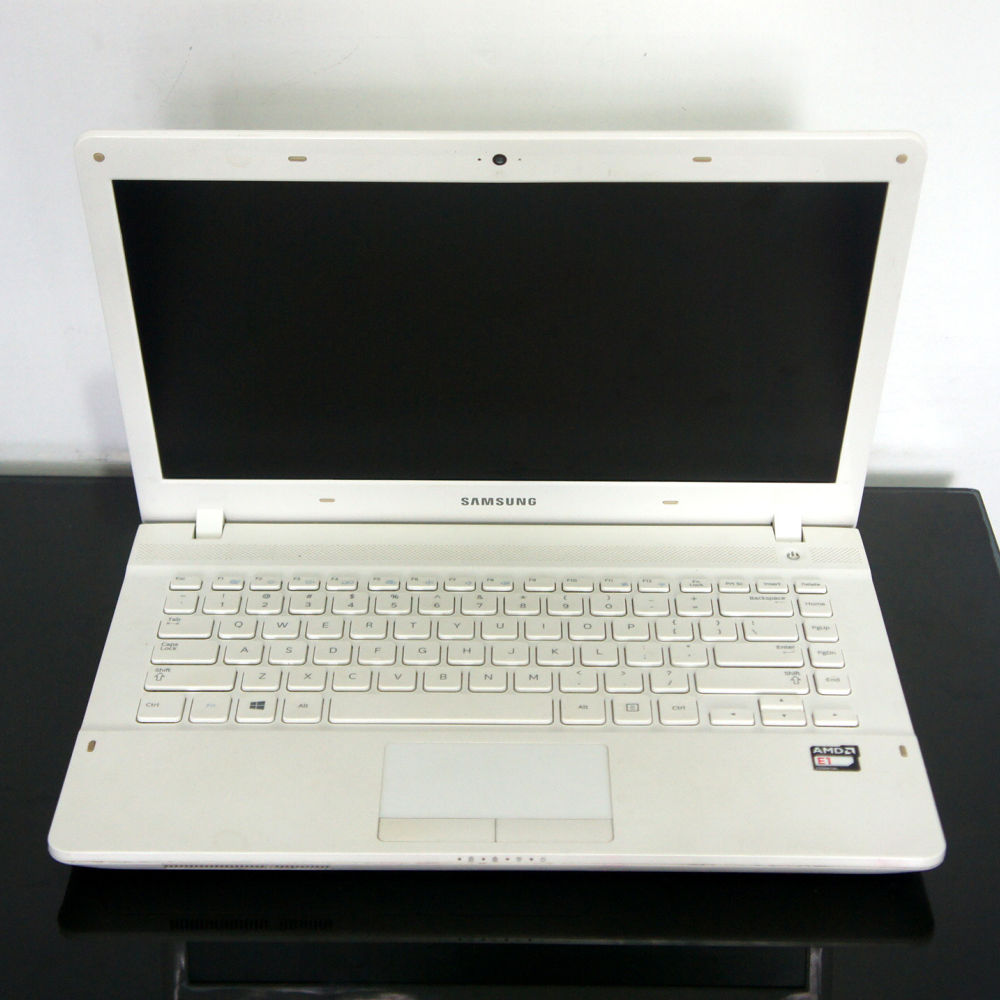 Laptop Second Samsung 275E