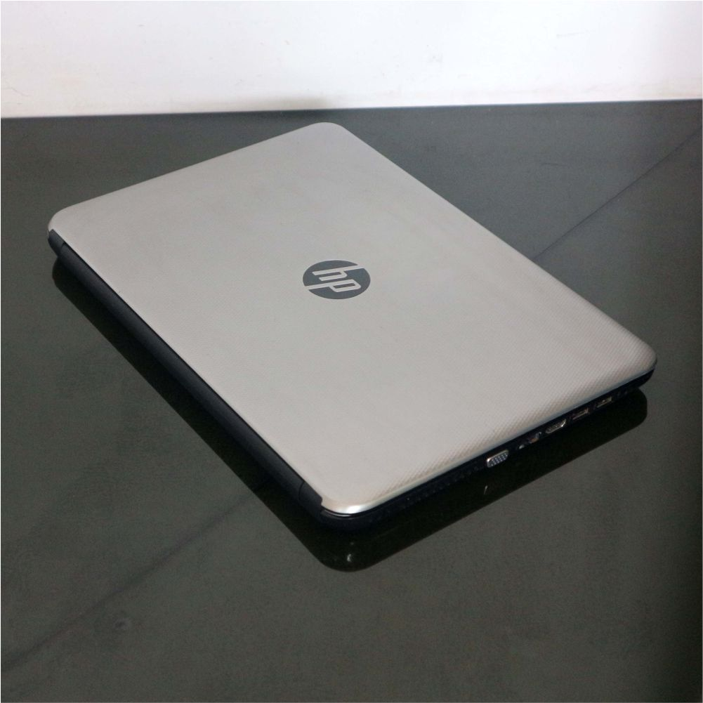 Hp 14-AC00ITU Like New
