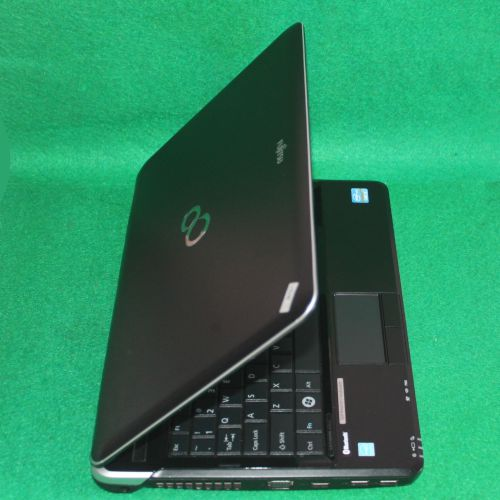 Laptop Second Core i5 Fujitsu Lifebook L Series