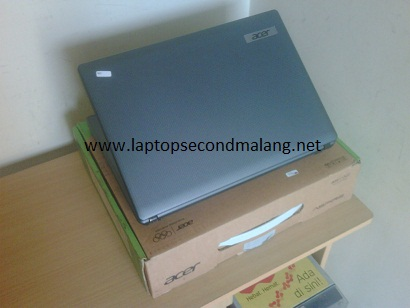 Laptop Intel B815 - Acer Aspire 4349